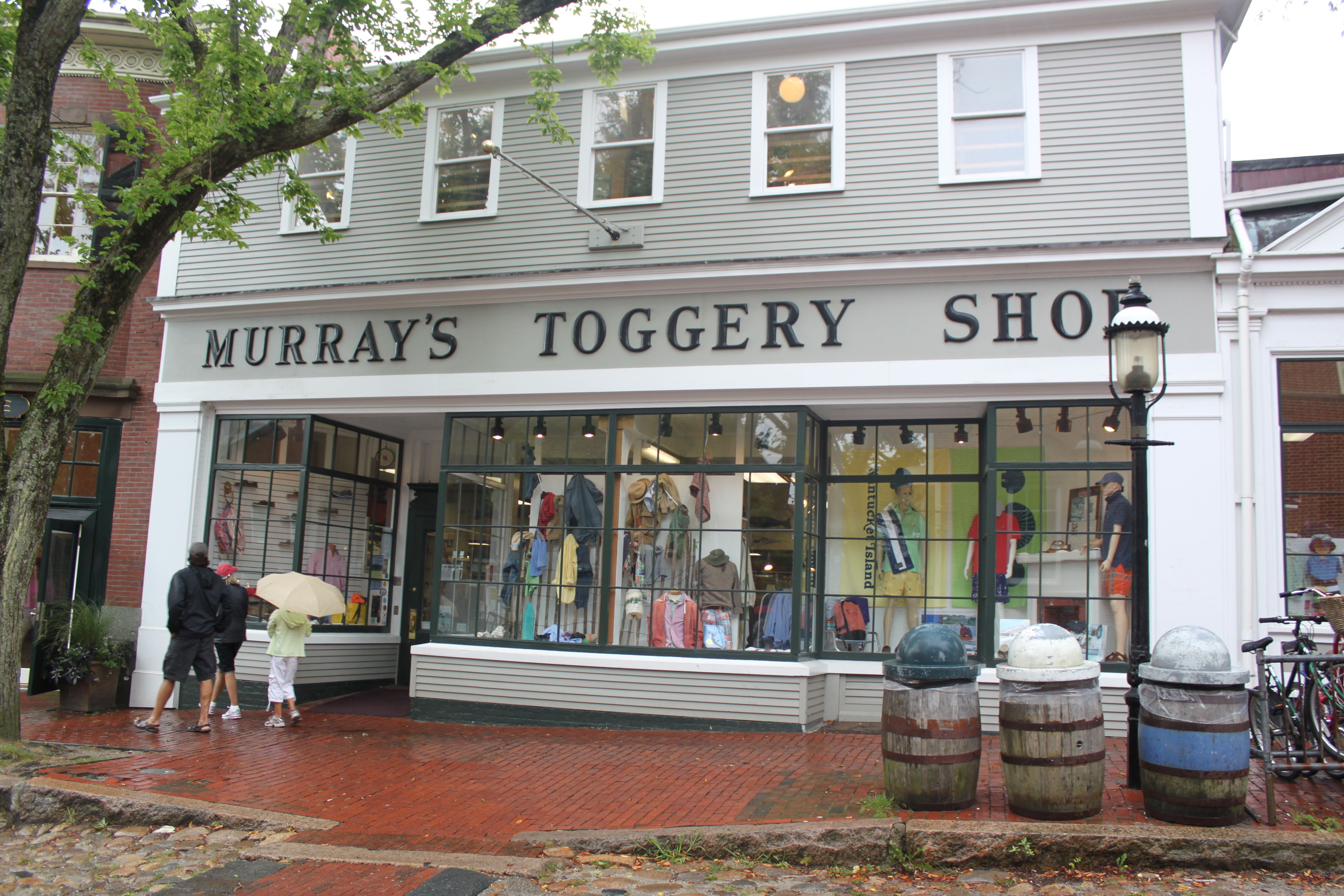 Murray's Toggery Shop Store Visit - The Fine Young Gentleman
